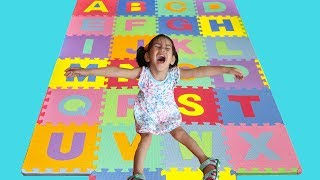 Abc Song Learn English Alphabet For Children With Nursery Rhymes And Kids The Perfect Foam Mat
