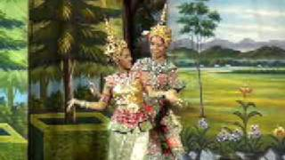 これは珍しい総統閣下の男役タイ舞踊!! ブログも見てね!! http://pl...