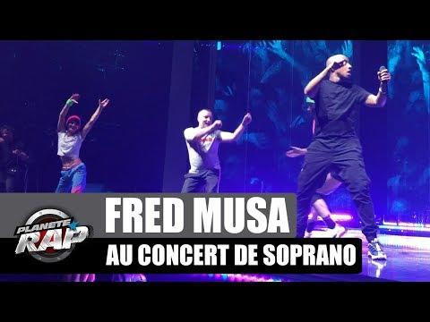 Youtube: Quand Fred monte sur scène au concert de Soprano!