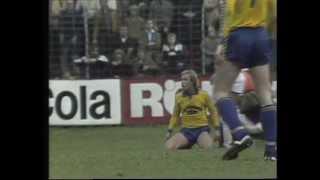 Repeat youtube video Union Solingen - RW Essen 2 Liga 1979.mp4
