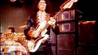 Play Long Live Rock 'n' Roll