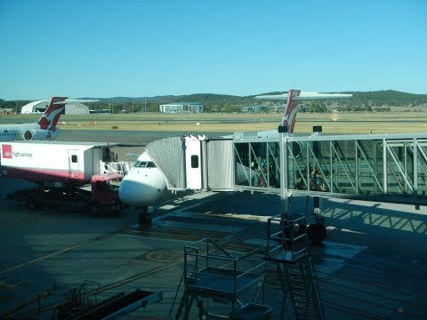Trip Report | Qantas Link Economy Class | Boeing 717 | Canberra to Brisbane