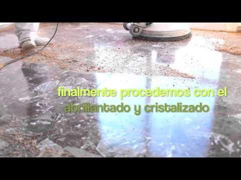 Abrillantar un suelo de terrazo en barcelona youtube for Abrillantar suelo porcelanico mate