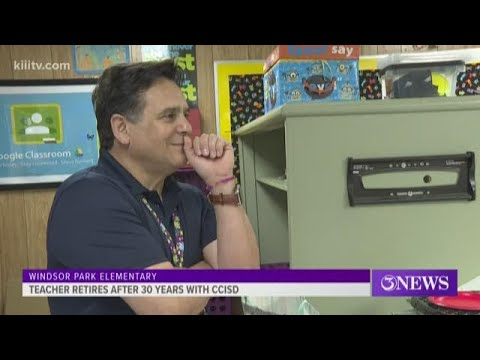 Windsor Park Elementary School teacher retires after 30 years