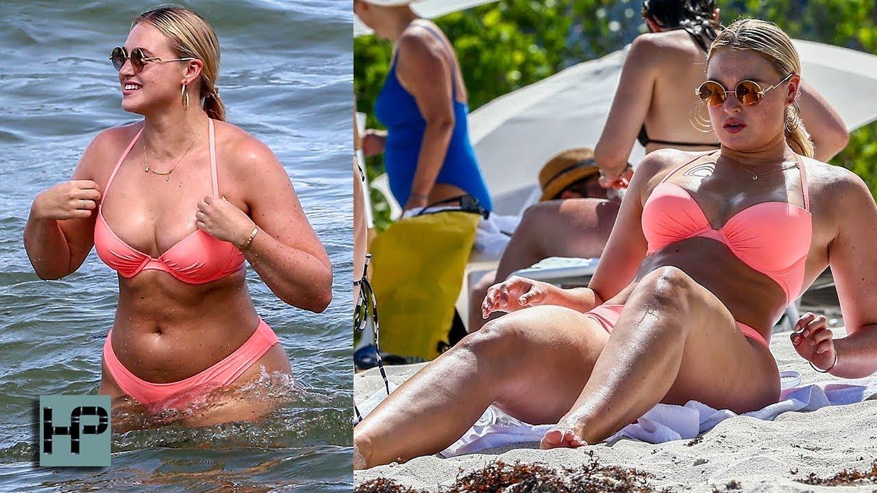 f2fa4bc2768 Curvy Iskra Lawrence Hits Miami Beach in a Tiny Pink Bikini - YouTube