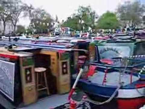 A canal walk in London towards Little Venice