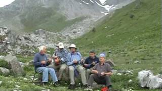 "Mountain Ukelele Band - ""It Takes a Worried Man"" song - Pyrenees trek 2010"