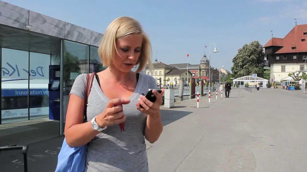 Nina Heinemann stellt die iPhone-App von Holidaycheck vor