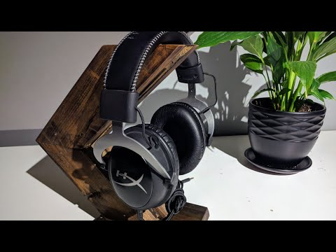 Chino Builds :: DIY Wooden Headphone Stand