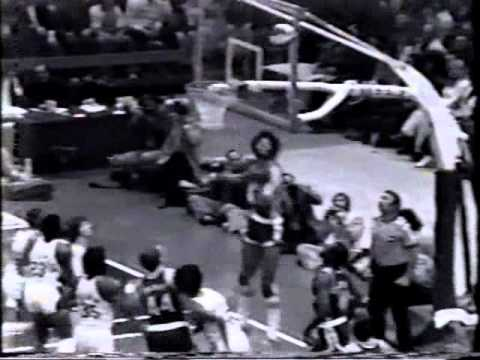 Julius Erving (35pts) vs. Colonels (1974 ABA Playoffs)