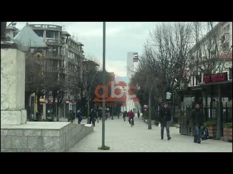 Korcaret nuk durojne me, zbarkojne rrugeve te qytetit | ABC News Albania