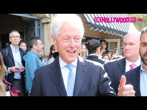 Bill Clinton Makes A Surprise Pit Stop At Alfred Coffee On Melrose Place 9.13.16