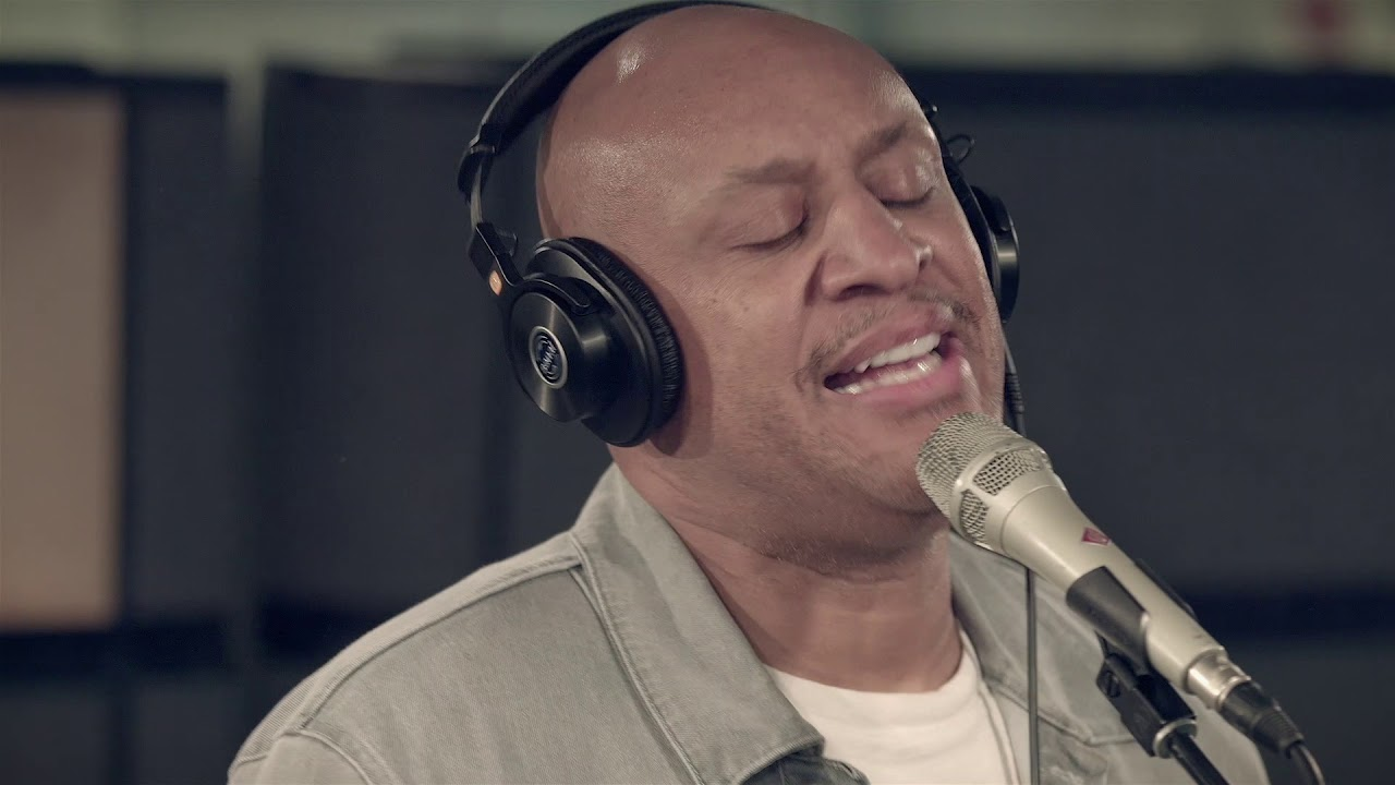 Brian Courtney Wilson – You Make Me Rich (Sirius XM Performance)