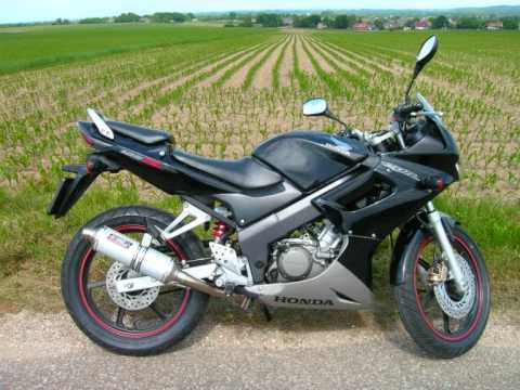 honda cbr 125 r with original and giannelli exhaust and. Black Bedroom Furniture Sets. Home Design Ideas