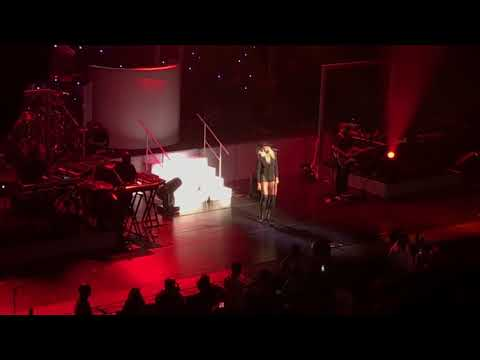 Mary J Blige 'U + Me (Love Lesson)' Strength Of A Woman Tour St. Louis