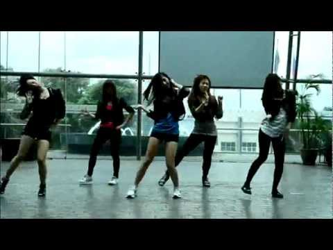 111006 Black Eyed Crew cover HuH by 4Minute