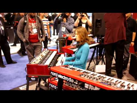 Rachel Flowers @ Namm 2015 - playing Knife Edge by E.L.P.