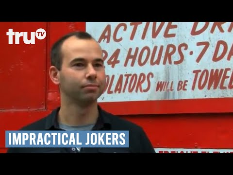 "Impractical Jokers - Meet Joker Brian ""Q"" Quinn - 동영상"