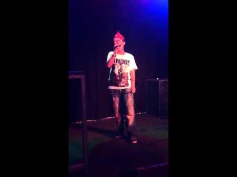 Spud sings Chrintina