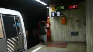 Primele trenuri de metrou iesind in traseu dupa ora 16:00 in prima zi de greva a Metroului