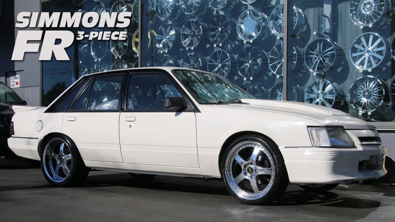 Holden VK Commodore w Simmons FR 3pc