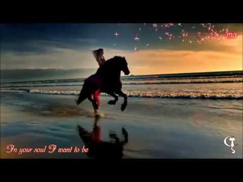 Siente Mi Amor - Salma Hayek - Lyrics - English subtitle