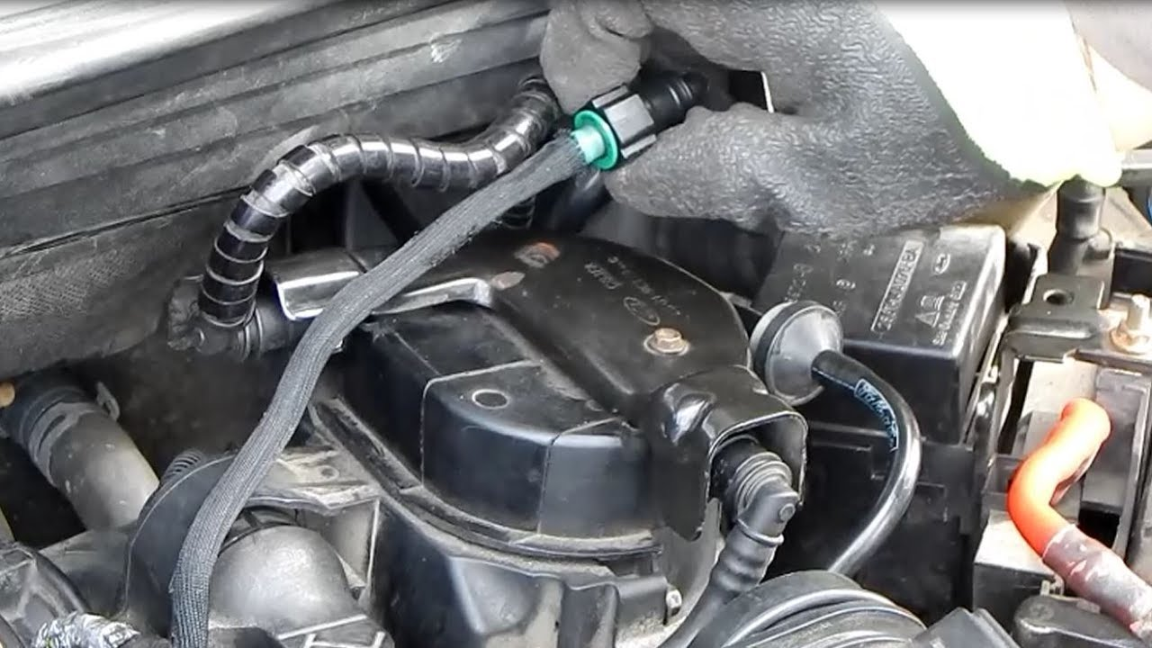 hight resolution of how to replace and ventilate the diesel filter by ford fiesta 1 4 t d c i english
