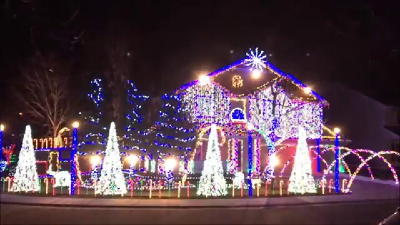 Cadger Dubstep Christmas Light Show 2015 - Carol of The Centipede ...