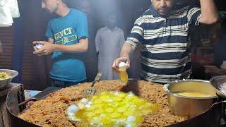 Anda Bhurji - Egg Dish | Scrambled Eggs | Indian Style Egg Bhurji in Food Street of Karachi Pakistan