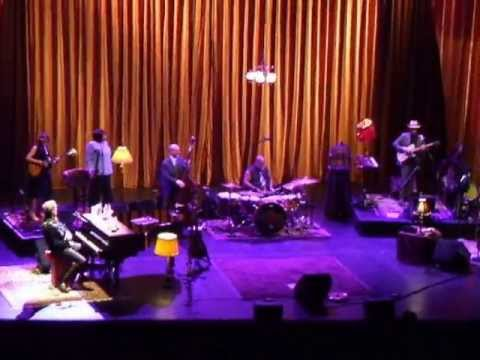 Hugh Laurie - Go To The Mardi Gras [Professor Longhair] [2013]