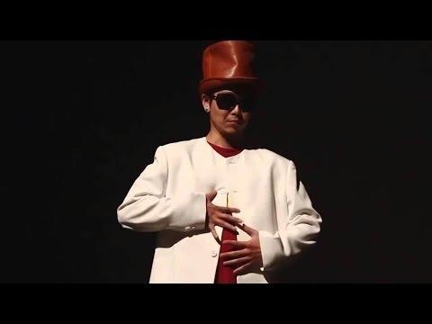 Видео: Нереальный танец японца...как он это делает-   Unreal Japanese dance ... how does he do it