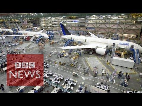 Boeing robots build jets in world's biggest building - BBC News