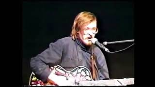 Смотреть клип Егор Летов - Непонятная Песенка