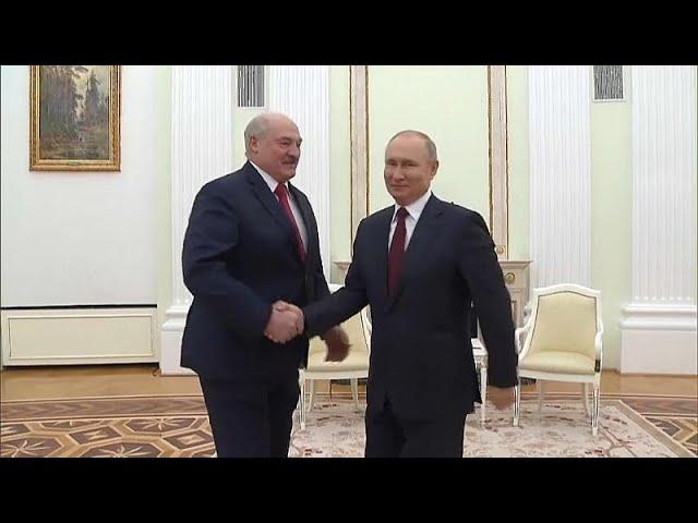 <span class='as_h2'><a href='https://webtv.eklogika.gr/' target='_blank' title='Ο Πούτιν έτοιμος να συναντηθεί με τον Ζελέσνκι στη Μόσχα…'>Ο Πούτιν έτοιμος να συναντηθεί με τον Ζελέσνκι στη Μόσχα…</a></span>