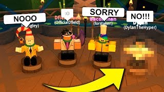 THIS YOUTUBER GOT VOTED OFF (YouTuber Roblox Survivor)