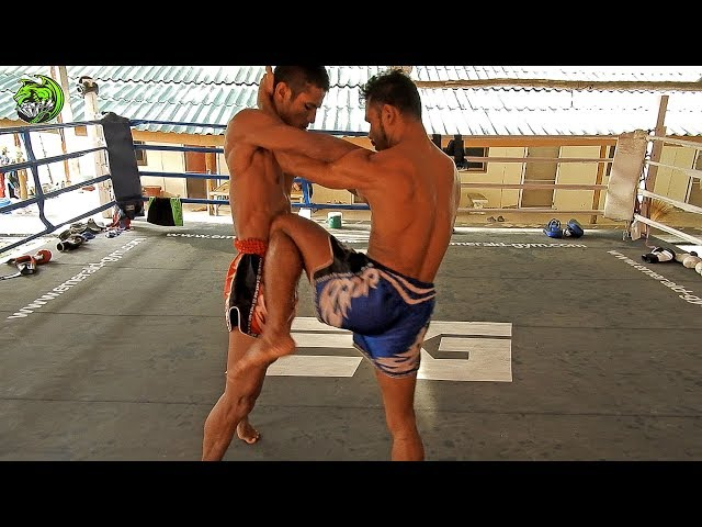 Manop and Dam clinching | Emerald Muay Thai Gym