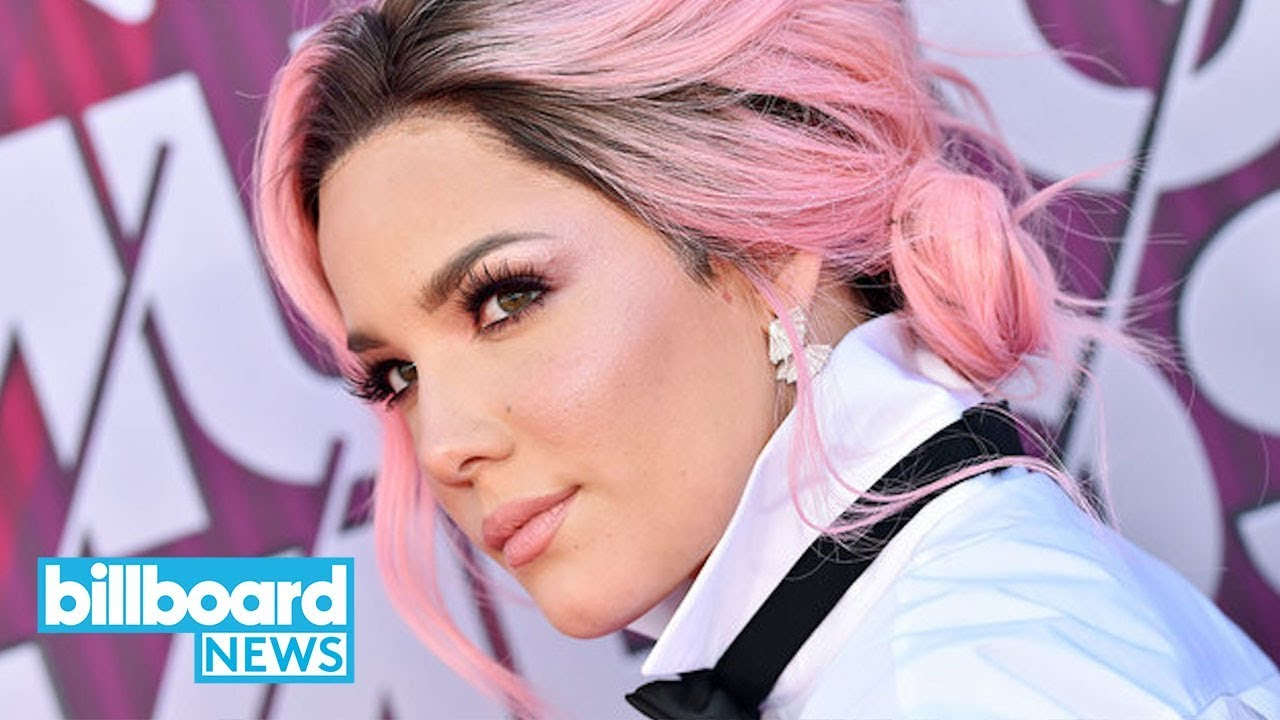Halsey Gave BTS the Sweetest Gift Right Before the 2019 BBMAs | Billboard  News