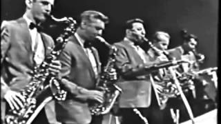 "Bobby Jones - ""Stardust"" - Ray McKinley and the Glenn Miller Orchestra"