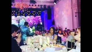 Внучка совладельца Домодедово на своей свадьбе не поняла, что такое «горько»