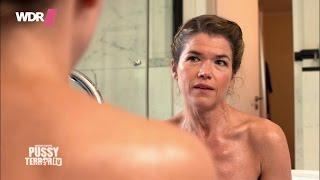 Carolin Kebekus mit Anke Engelke in der Badewanne - PussyTerror TV
