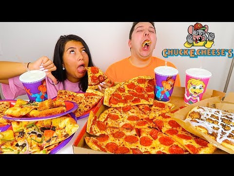 we tried the WORST RESTAURANT in america • Chuck E. Cheeses Pizza • MUKBANG