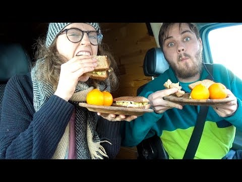 WHAT WE EAT IN A DAY ON THE ROAD | easy vegan meals - van life