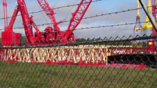Video still for Manitowoc Cranes-Worlds Largest Lifting Height (721Ft) Crawler Crane -April 22 2010.MP4