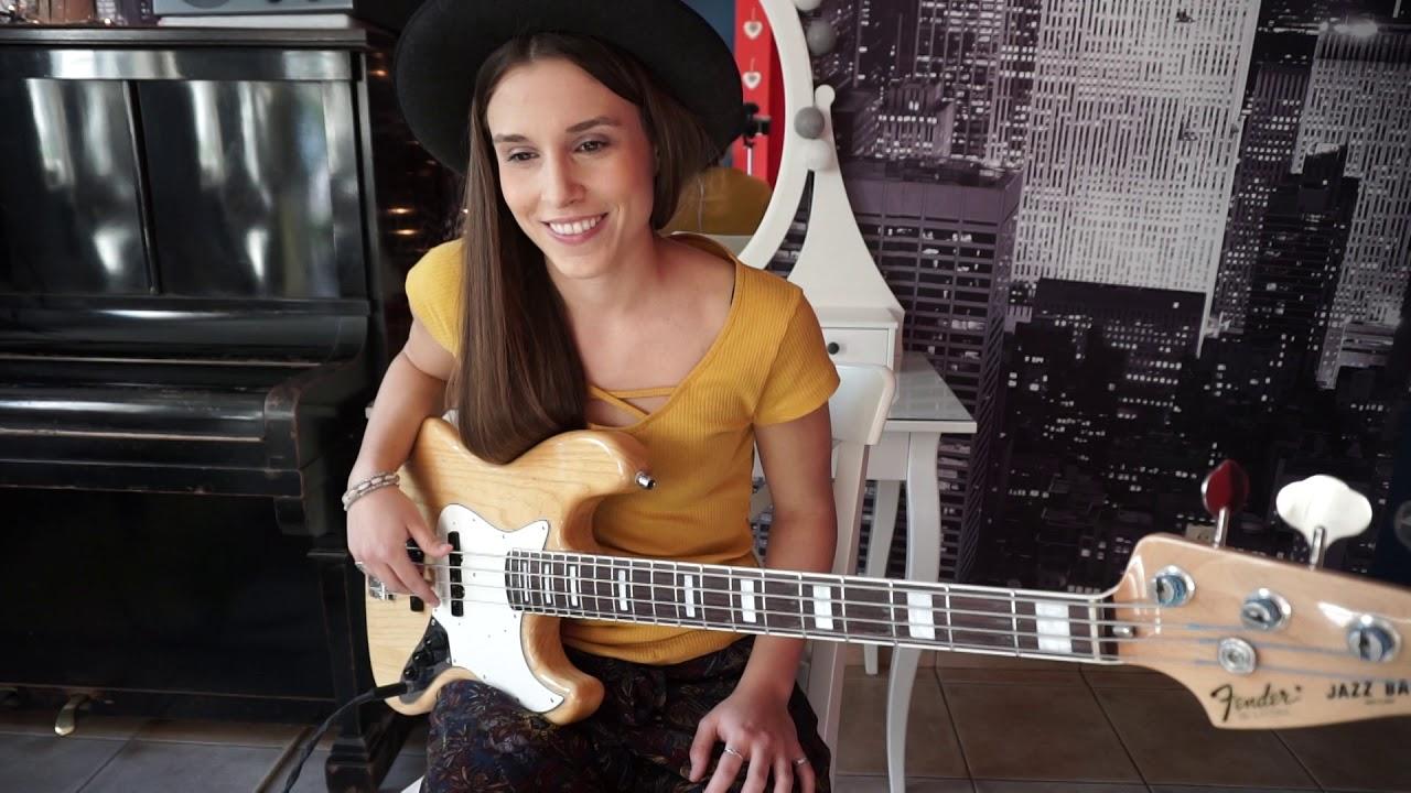 Kinga Głyk - Play with me if you want #bass groove 1