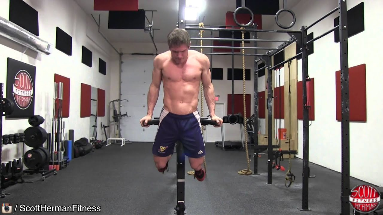 How To Dip Learn The Differences Between Targeting Your Chest Or