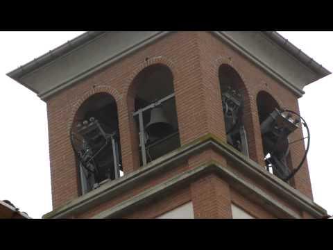 Le campane di Seriate (BG) - Parrocchia - Distesa del Si2 from YouTube · Duration:  3 minutes 53 seconds
