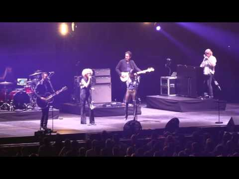 Little Big Town - Tumble and Fall (C2C 2016, London) mp3