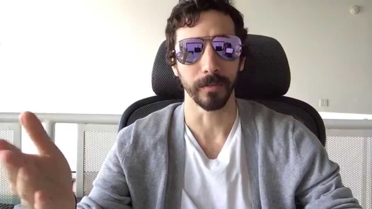 d2b6a62f39752 Ray-Ban RB 3025 167 4K Aviators Violet Flash Mirrored Sunglasses Review -  YouTube