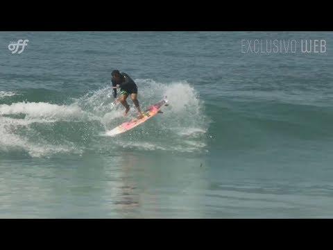 Manobra - Varial / Shove-it (Surfe)