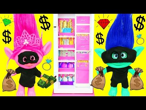 Trolls Poppy & Branch ROB A BANK! Trolls Doll Parody Bank Robbery  Baby Kids Sleep DisneyCarToys